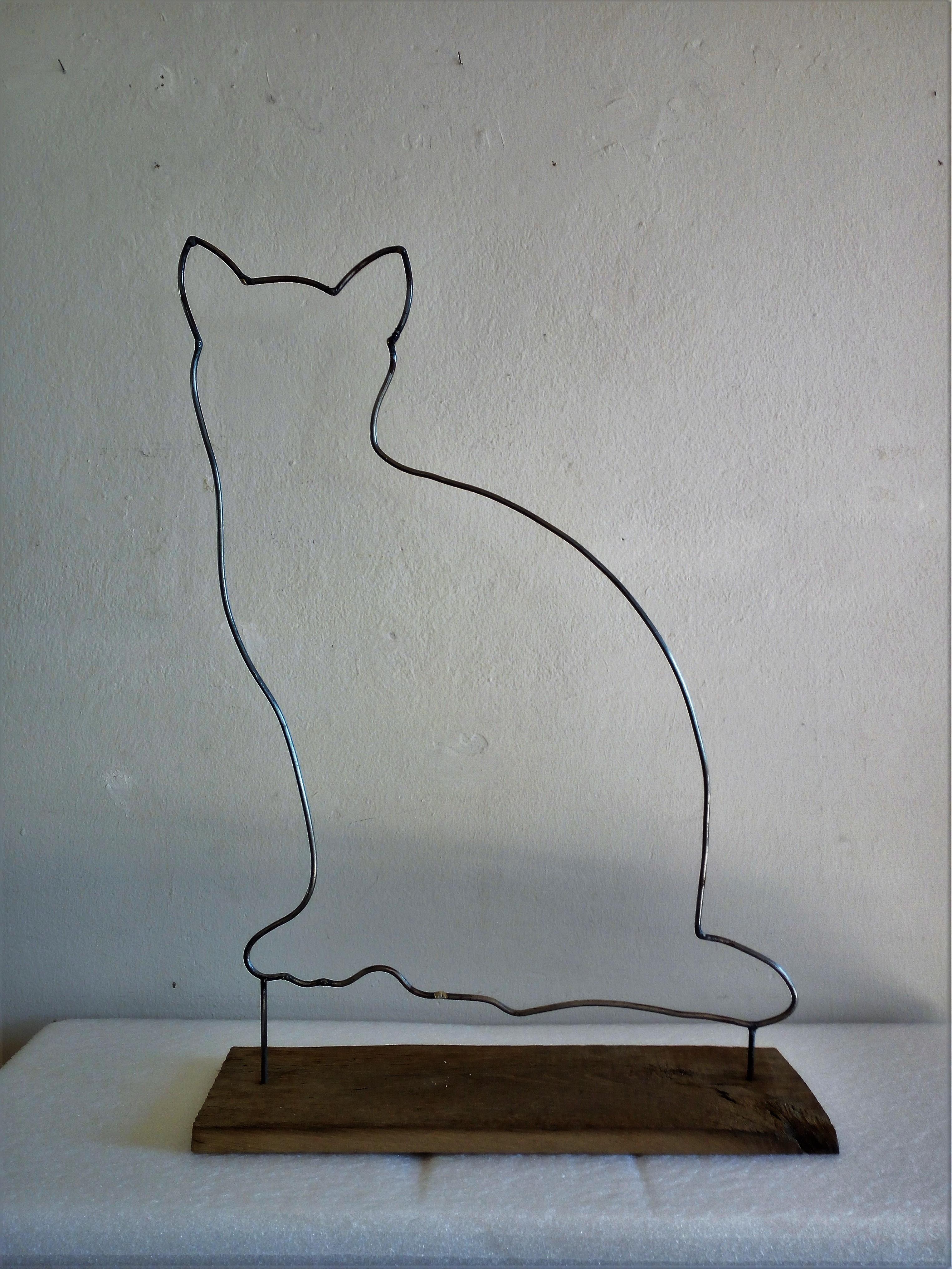 gatto blu tondino di ferro su base di